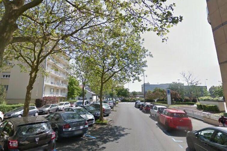 Parking École élémentaire publique Sablon Prost - Metz en location