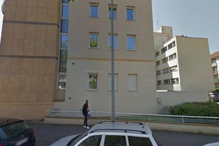 Parking École élémentaire publique Sablon Prost - Metz sécurisé