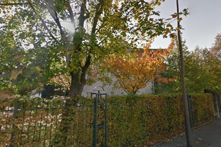 Parking Collège Jules Lagneau - Metz 24/24 7/7