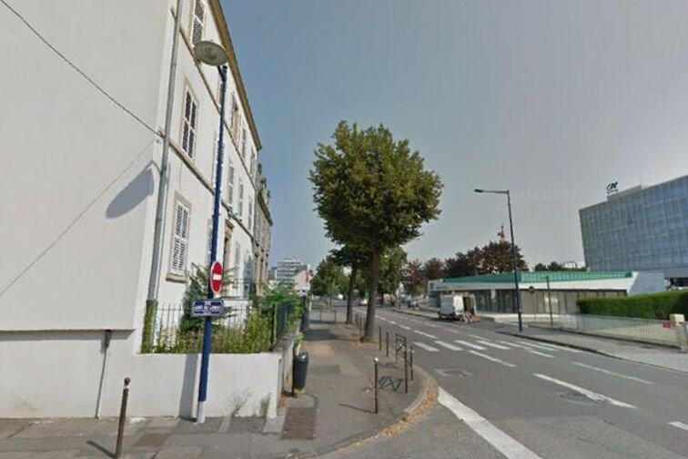 Parking Lycée Enseignement Professionnel Alain-Fournier - Metz 57 avenue André Malraux