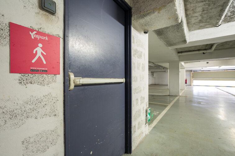 Parking Route de la Roquette - Mougins gardien