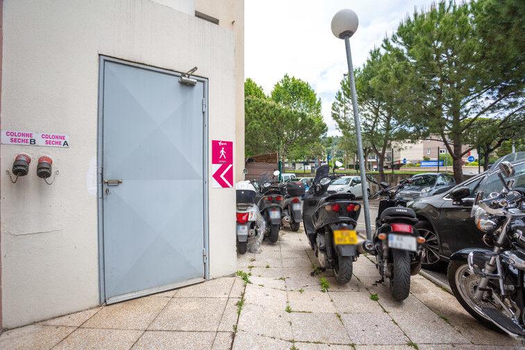 Parking Route de la Roquette - Mougins sécurisé