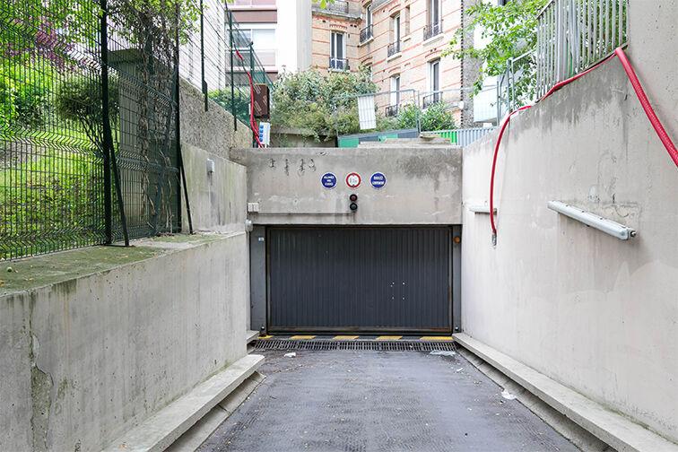 Parking Rue de Belgrand - Métro Porte de Bagnolet - Paris 20 à louer
