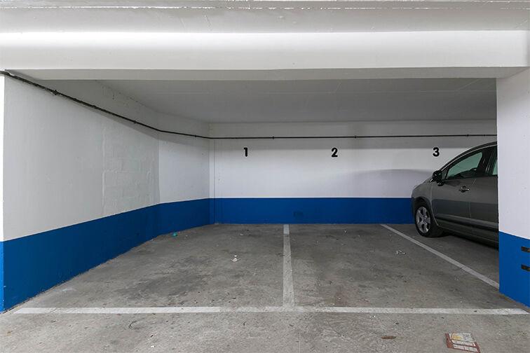 Parking Rue de Belgrand - Métro Porte de Bagnolet - Paris 20 location mensuelle