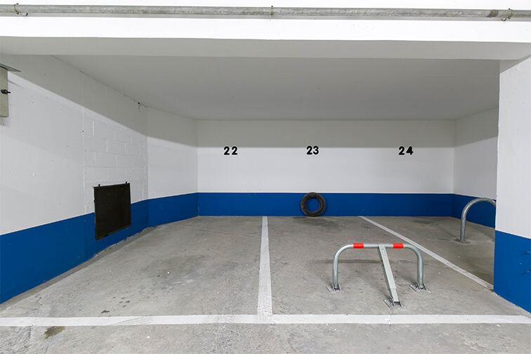 Parking Rue de Belgrand - Métro Porte de Bagnolet - Paris 20 souterrain