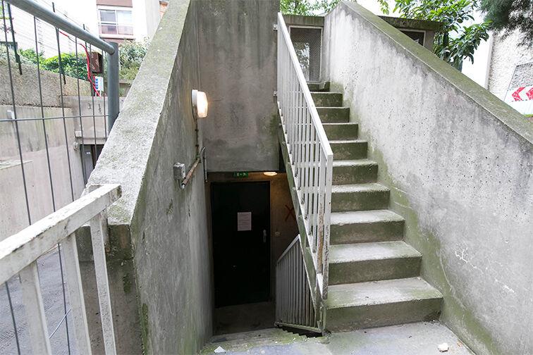Parking Rue de Belgrand - Métro Porte de Bagnolet - Paris 20 gardien