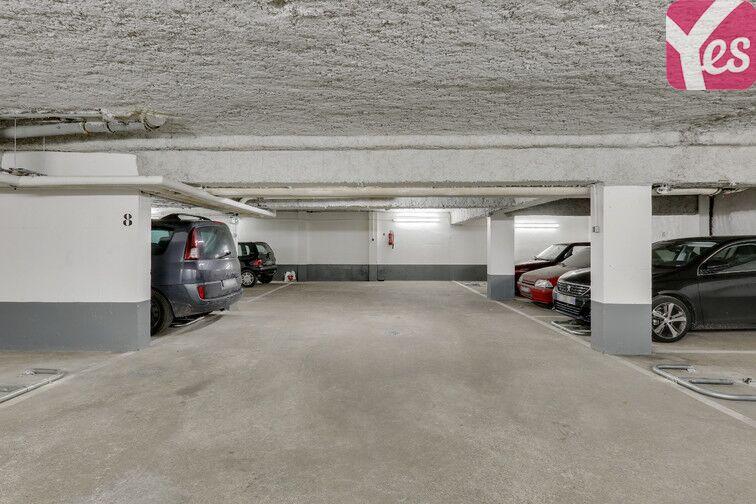 Parking Métro Pelleport - Capitaine Marchal - Paris 20 souterrain