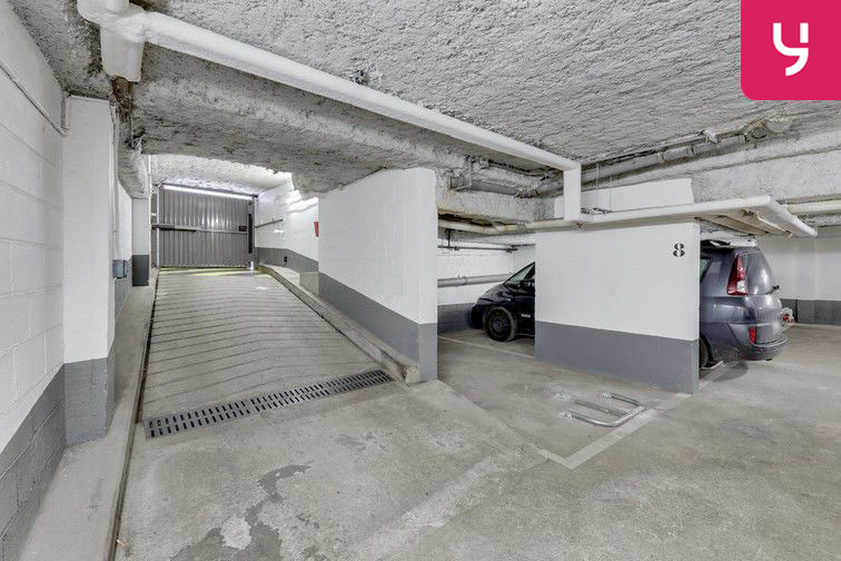 Parking Métro Pelleport - Capitaine Marchal - Paris 20 (place moto) souterrain