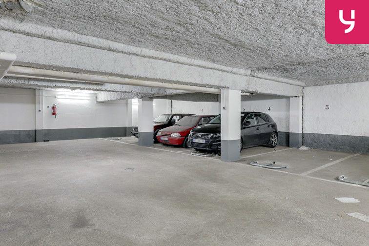 Parking Métro Pelleport - Capitaine Marchal - Paris 20 (place moto) pas cher
