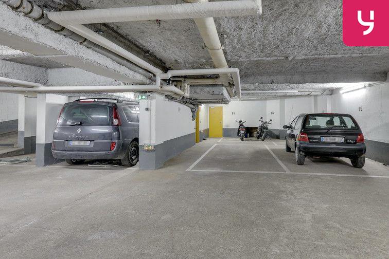 Parking Métro Pelleport - Capitaine Marchal - Paris 20 (place moto) location