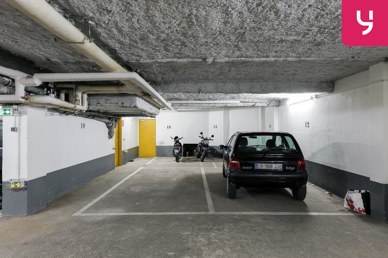 Parking Métro Pelleport - Capitaine Marchal - Paris 20 (place moto) box