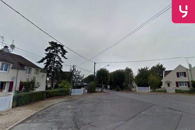 Parking École primaire publique Saint-Mathieu - Chambly sécurisé