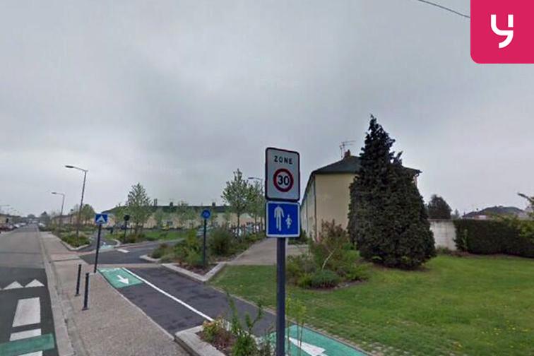 Parking Ecole maternelle Anne Frank - Lambres-lez-Douai à louer