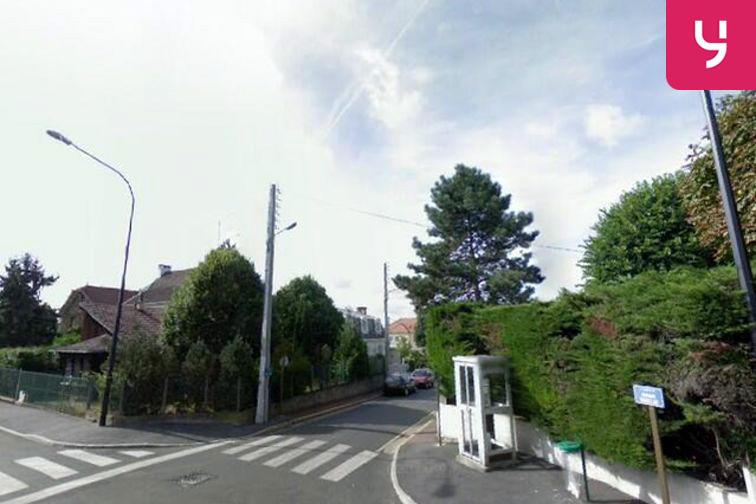 Parking Gare de Maisons Laffitte - Le Mesnil-le-Roi 78600