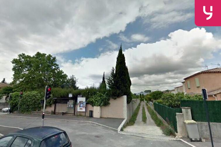 location parking Rond point de la gare - Venelles