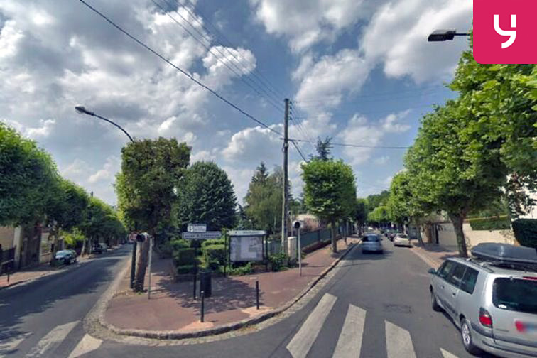 location parking Gare du Raincy Villemomble Montfermeil - Villemomble