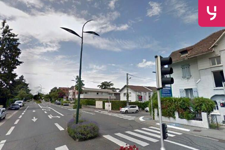 location parking Collège Jean Jacques Rousseau - Thonon-les-Bains