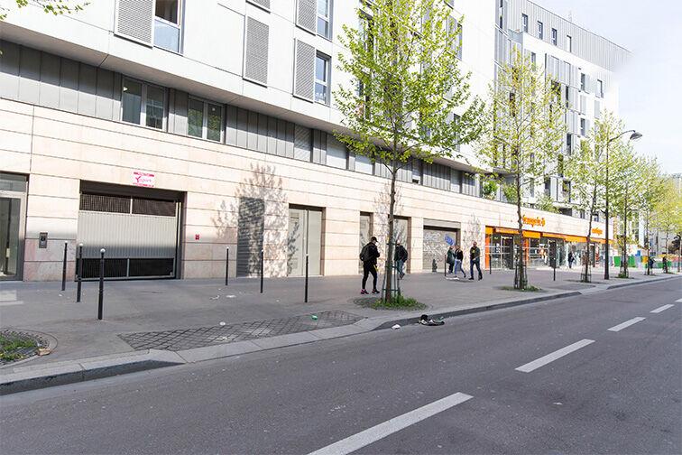 Parking Avenue de France - Paris Paris