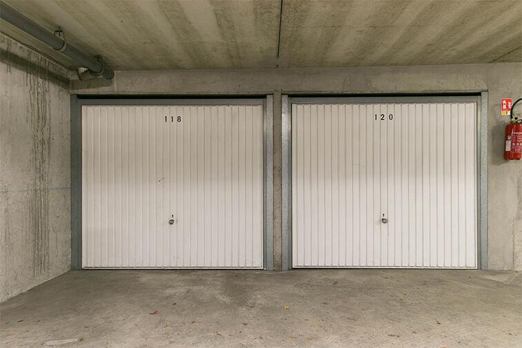 Parking Gare Aubergenville - Elisabethville location