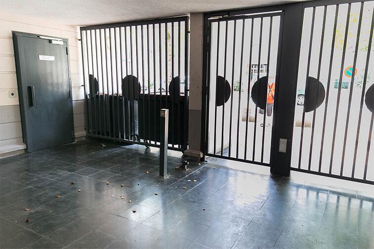 Parking Gare Aubergenville - Elisabethville gardien