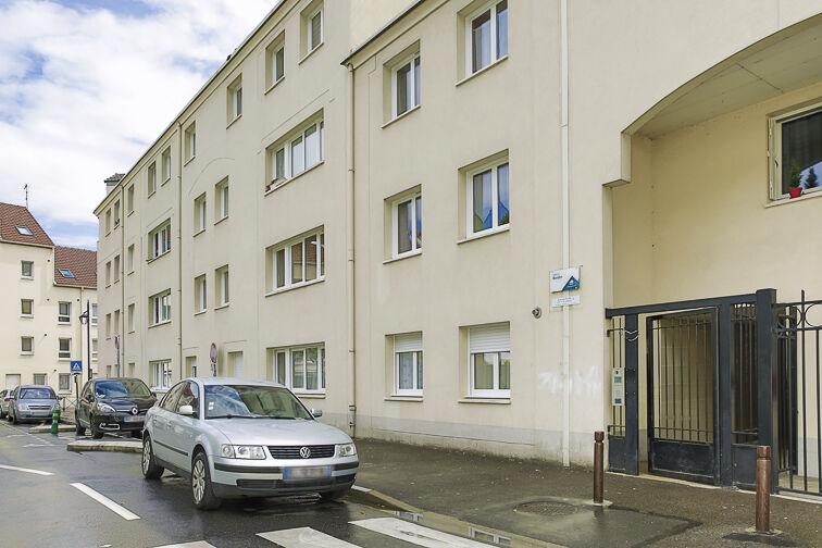 Parking Rue de Stalingrad - Sartrouville 24/24 7/7