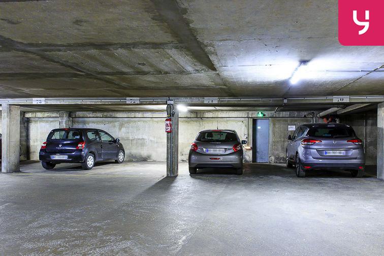 location parking Boulevard Beethoven - Guyancourt