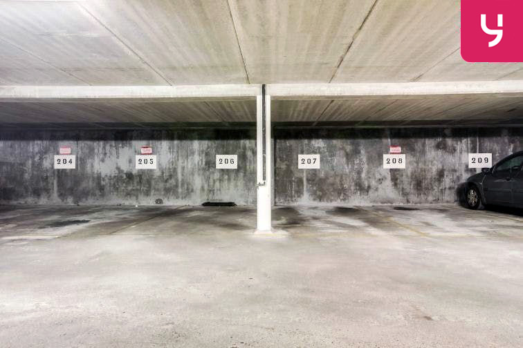 Parking Balard - Cauchy - Paris souterrain