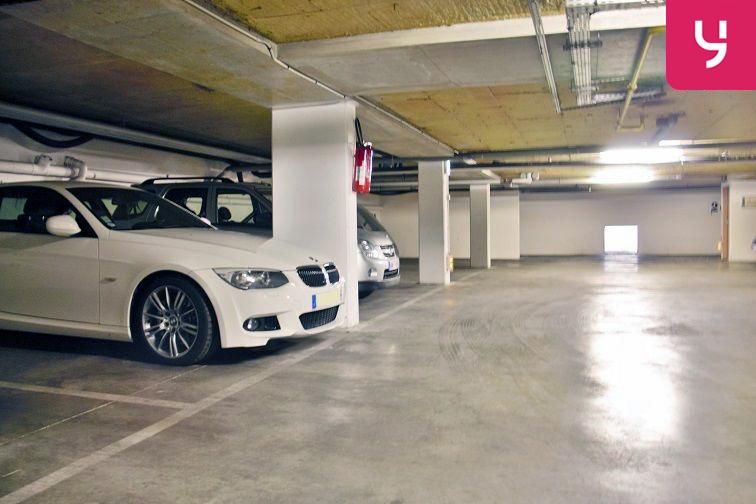 Parking Nanterre - Ville - République location