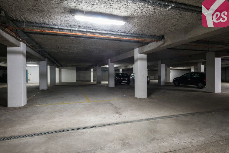 Parking Front Populaire gardien
