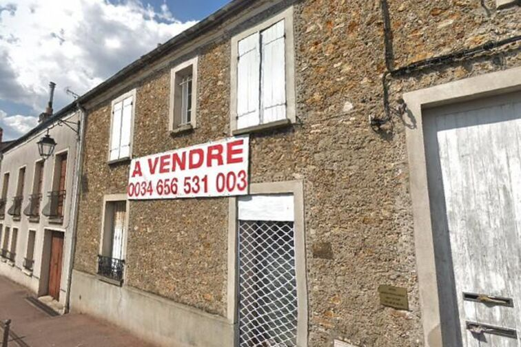 Parking Collège Moreau - Montlhery garage