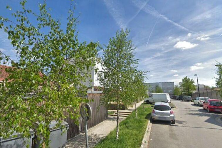 Parking Parc des Célestins - Michel Germaneau - Marcoussis gardien
