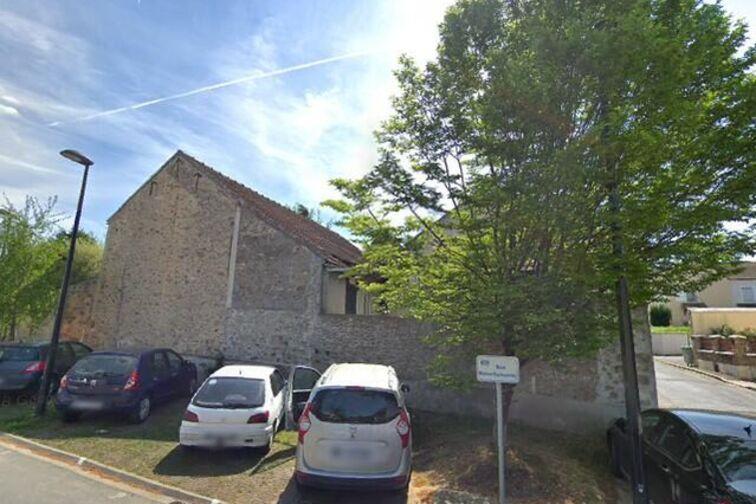 Parking Parc des Célestins - Michel Germaneau - Marcoussis garage