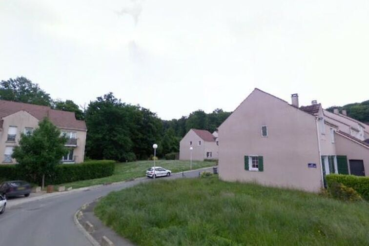 Parking Le Chateau de la Vierge - Bures-sur-Yvette sécurisé