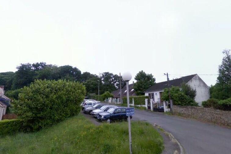 Parking Le Chateau de la Vierge - Bures-sur-Yvette caméra