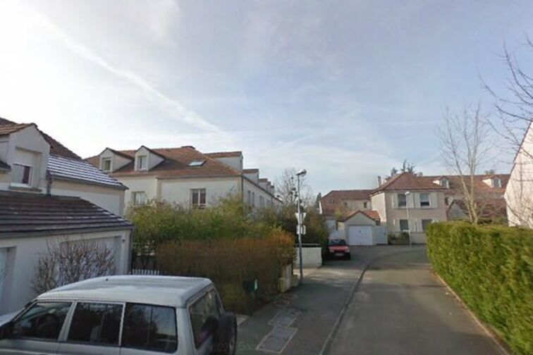 Location parking Mairie - Claude Couson - Les Essarts-le-Roi