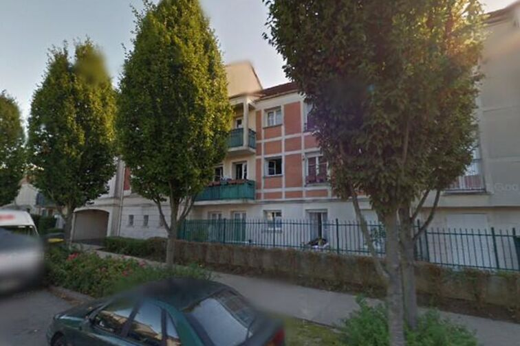 Parking Gymnase COSEC - Jussieu - Bois d'Arcy box
