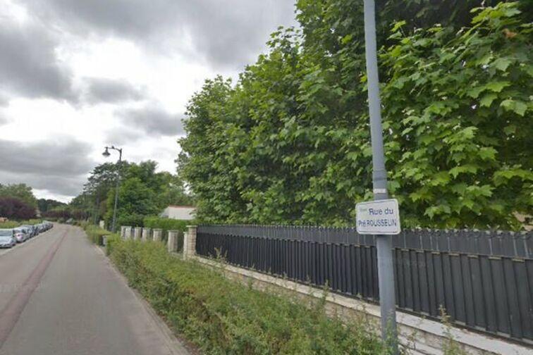 Location parking Base Nautique de l'Ouest - Pre Rousselin - Verneuil-sur-Seine