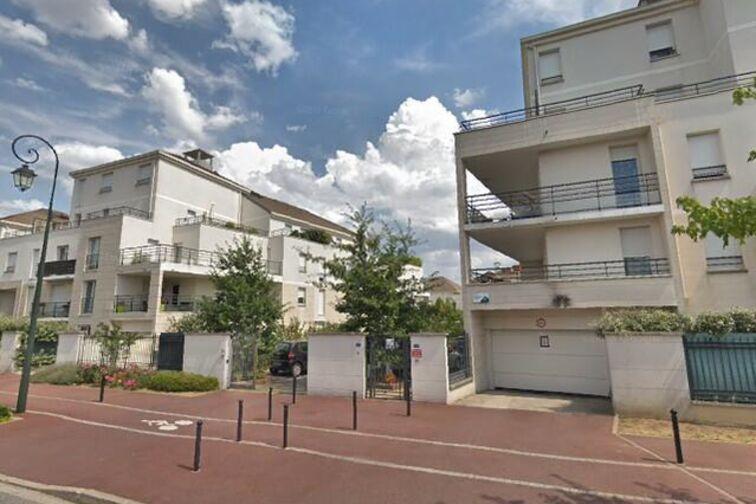 Parking Collège La Couldre - Manet - Montigny-le-Bretonneux sécurisé