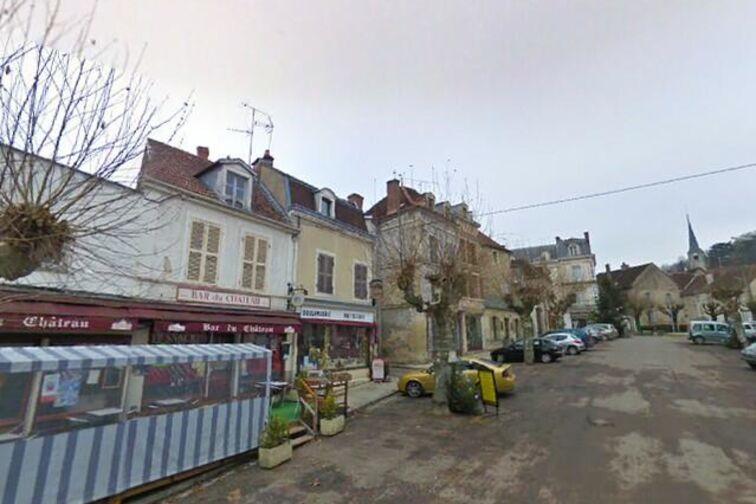 Parking Château d'Ancy-le-Franc - Ancy-le-Franc - (box) garage