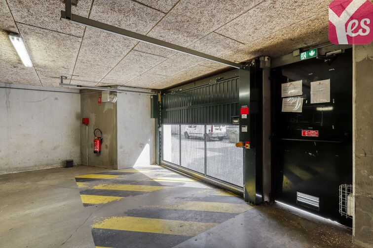 Parking Chantiers Navals - Nantes 24/24 7/7