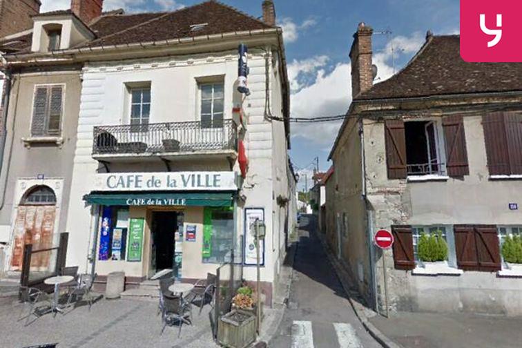 Parking Porte de Sens - Villeneuve-sur-Yonne (box) 89500