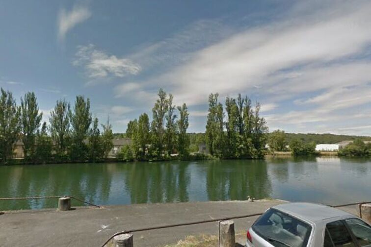 location parking Quai Docteur Schweitzer - Sens (aérien)