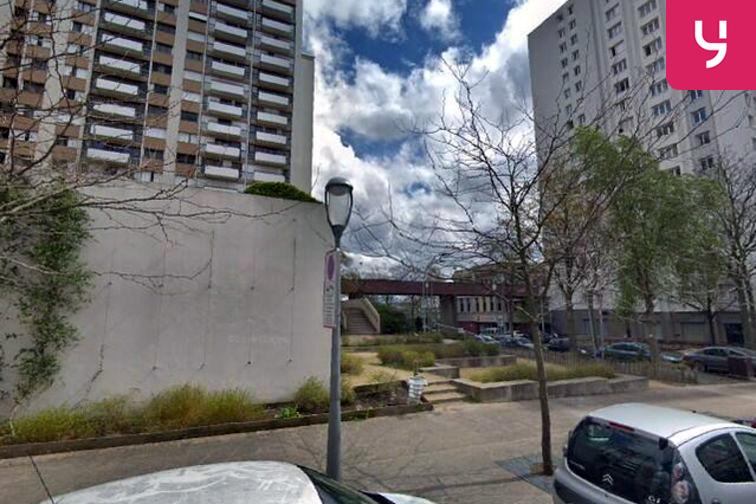 Parking Cathédrale Saint-Louis - Henri Barbusse - Choisy-le-Roi (box) 94600