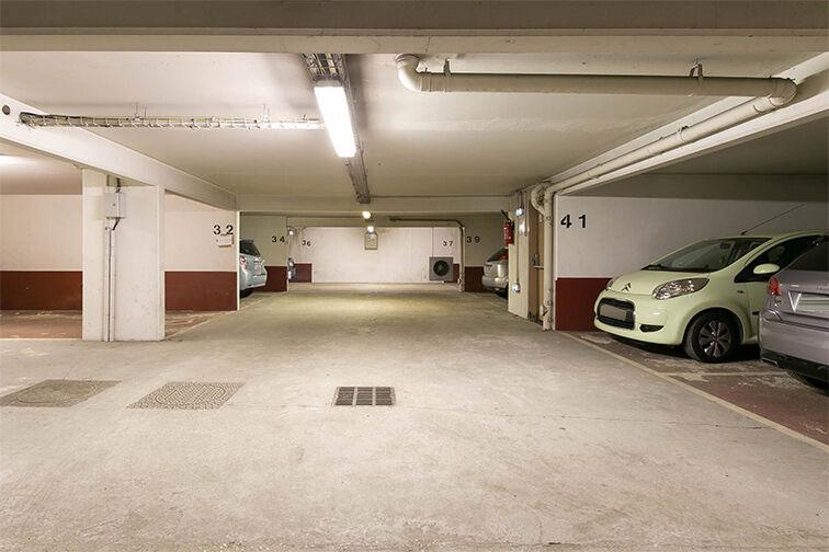 Parking Chaville Rive Droite pas cher