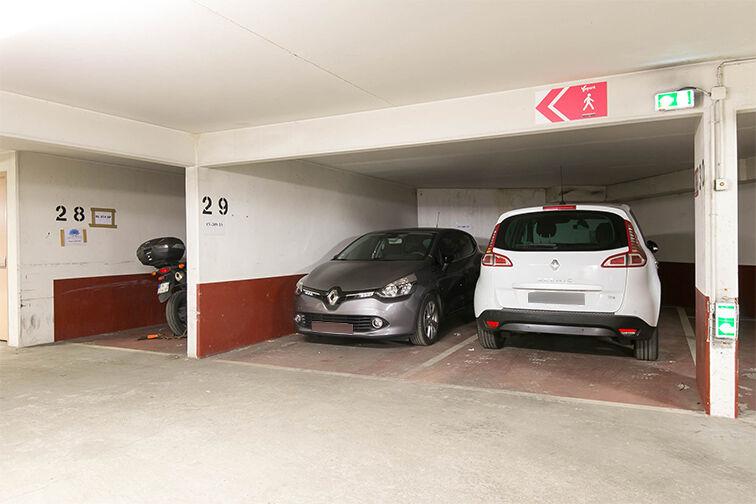 Parking Chaville Rive Droite sécurisé