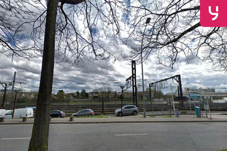 Parking Square Salvador Allende - Choisy-le-Roi (aérien) location mensuelle