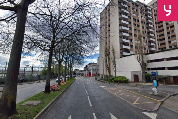 Parking Square Salvador Allende - Choisy-le-Roi (aérien) 94600