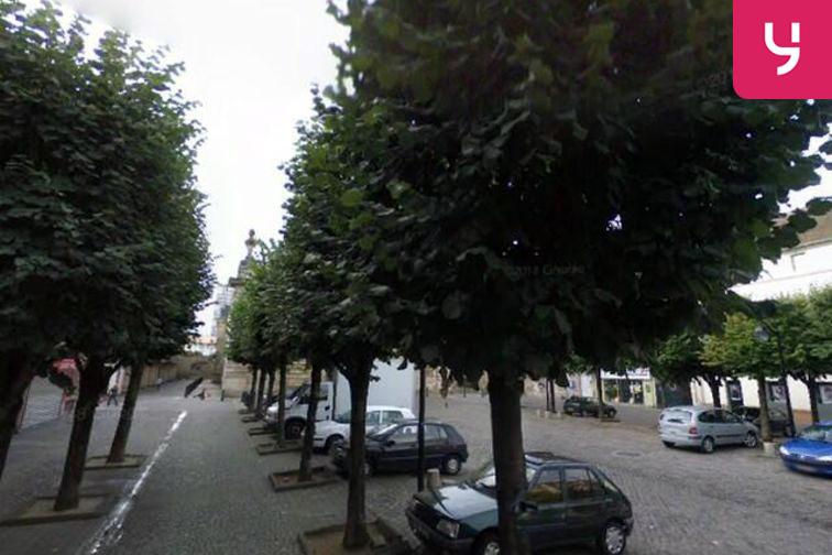 Parking Cathédrale Saint-Louis - Place de l'Église - Choisy-le-Roi - 2 roues 94600