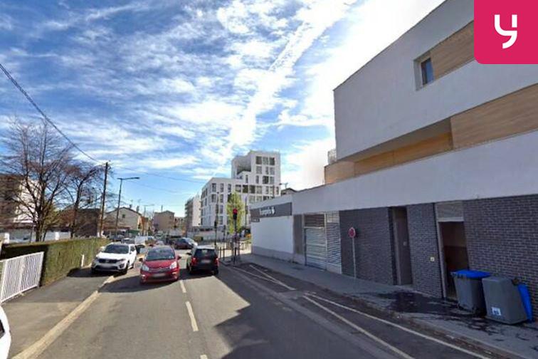 Parking Médiathèque de la Maison pour Tous - Four - Choisy-le-Roi (box) 24/24 7/7