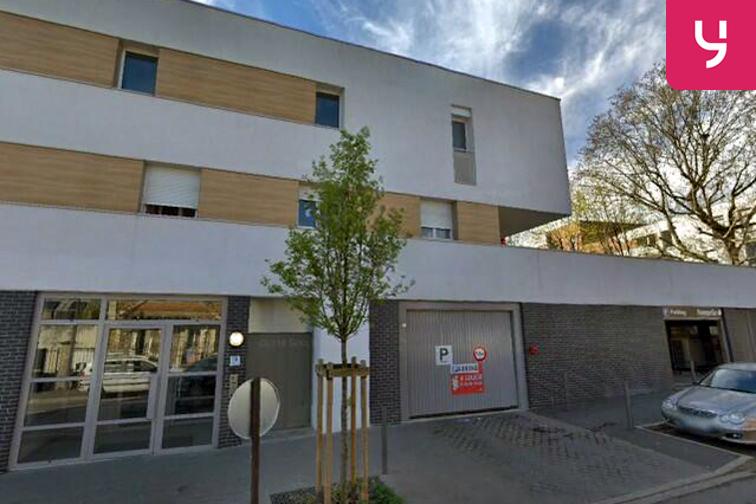 Parking Médiathèque de la Maison pour Tous - Four - Choisy-le-Roi - (box) 24/24 7/7